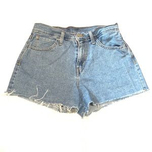 Levi's 501 Cuttoff Shorts